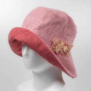 リバ-シブル帽子(ピンク×あずき)